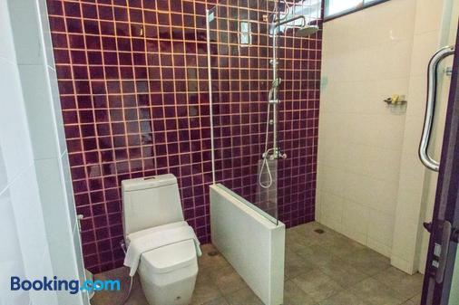 Himaphan Boutique Resort - Sakhu - Bathroom