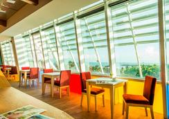In Young Hotel - Kaohsiung - Εστιατόριο