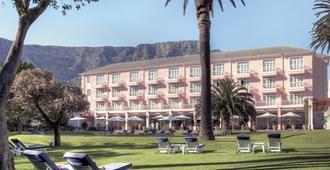 Belmond Mount Nelson Hotel - Cape Town - Building