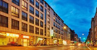 H+ Hotel Berlin Mitte - Berlim - Edifício