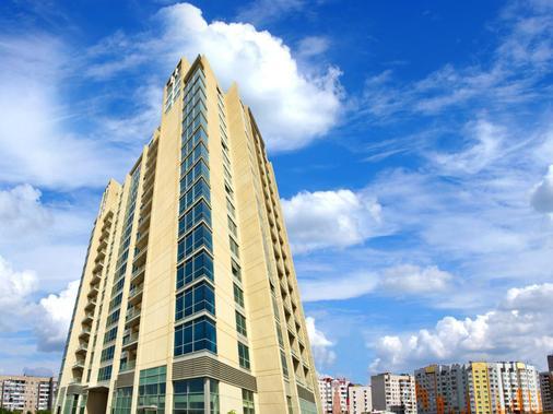 Abidos Hotel Apartment, Dubailand - Dubai - Building