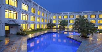 Welcomhotel Vadodara - Itc Hotels Group - Vadodara - Piscina