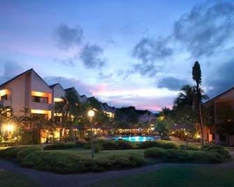 Holiday Villa Beach Resort & Spa Cherating - Balok