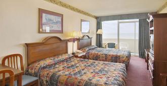 Days Inn by Wyndham Myrtle Beach-Beach Front - Myrtle Beach - Bedroom