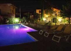 Nido Del Merlo - Pistoia - Pool
