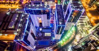 Ezdan Hotel - Doha - Outdoor view