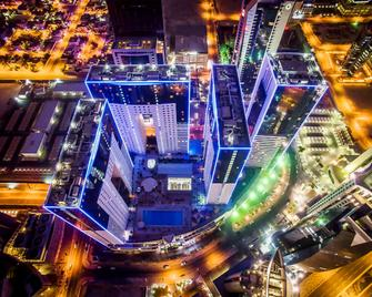 Ezdan Hotel - Doha - Buiten zicht