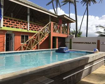 Simply Beautiful Beach Villa - North Manzanilla - Pool