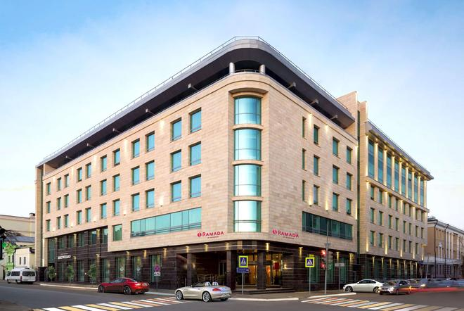 喀山城中心華美達酒店 - 喀山 - 喀山 - 建築