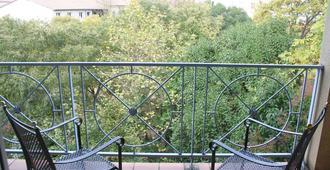 La Petite Auberge de Saint-Sernin - Toulouse - Balcón
