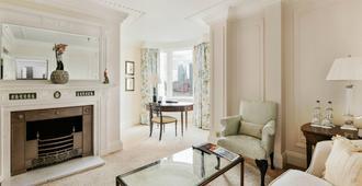 ذا سافوي - لندن - غرفة معيشة
