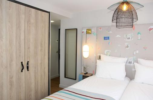 Best Western Plus Hotel Litteraire Marcel Ayme - Paris - Bedroom
