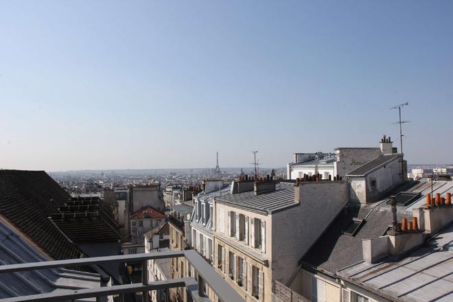Best Western Plus Hotel Litteraire Marcel Ayme - Paris - Ban công