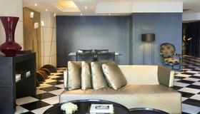 Gran Derby Suite Hotel - Barcelona - Living room