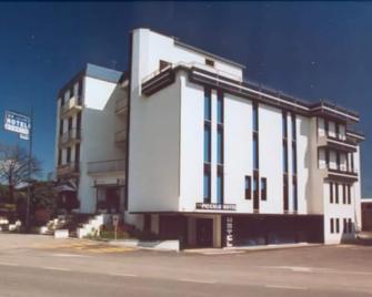 Hotel Piccolo - Ravenna - Building