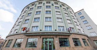 Hotel Vitkov Prag - Prague - Building