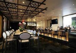 Miyako Hybrid Hotel Torrance - Torrance - Bar