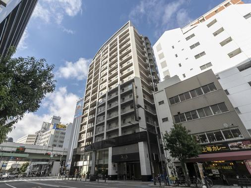 Apa Hotel Midosuji-Honmachi-Ekimae - Osaka - Building