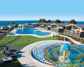 Nrma Merimbula Beach Holiday Resort - Merimbula - Pool