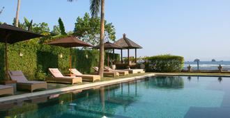 Hotel Genggong - Manggis - Pool