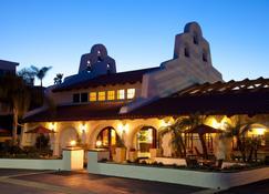 Holiday Inn Express San Clemente North - San Clemente - Toà nhà