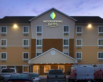 Woodspring Suites Chicago Romeoville - Romeoville - Building