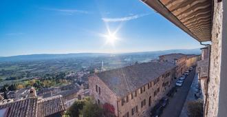 Hotel Il Palazzo - Assisi - Dış görünüm