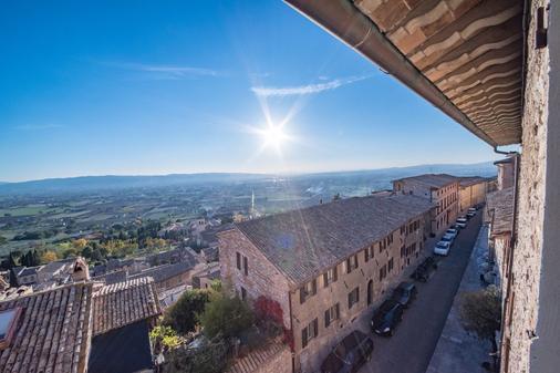 Hotel Il Palazzo - Assisi - Θέα στην ύπαιθρο