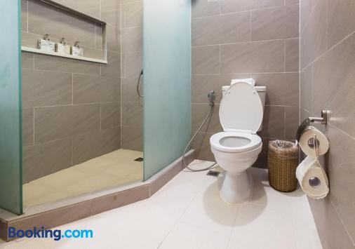Club Paradise - Coron - Bathroom