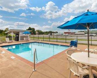 Quality Inn - Monteagle - Bazén