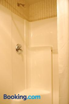 Horizon Inn - Avenel - Bathroom