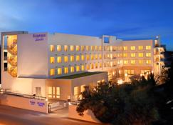 Fairfield by Marriott Coimbatore - Coimbatore - Building