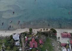 Imani Beach Villa - Bububu - Outdoor view