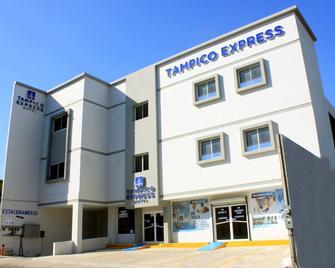 Hotel Tampico Express - Madero - Building