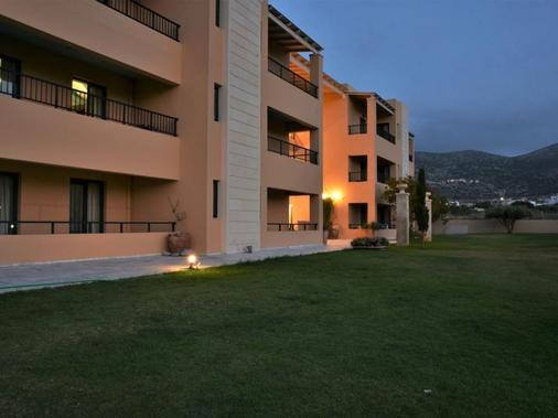 Golden Bay Hotel Apartments - Mália - Building