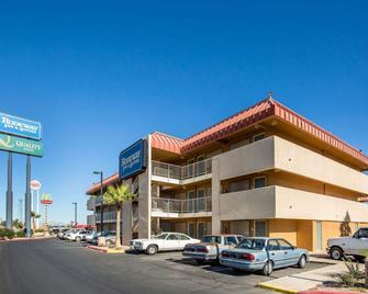Rodeway Inn & Suites - Needles - Building