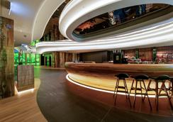 香港粵海酒店 - 香港 - 酒吧