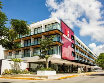 Fiesta Inn Playa Del Carmen - Playa del Carmen - Edifício