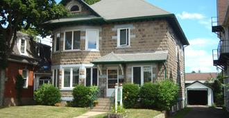 Downtown Bed And Breakfast - Moncton - Building