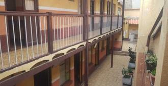 Hostal toscana - La Paz - Vista del exterior