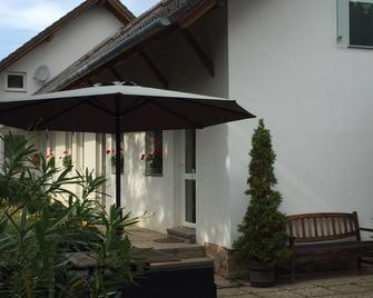 Margaréta Panzió - Budakeszi - Outdoors view