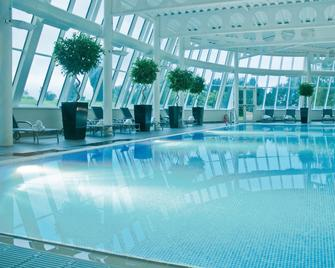 Macdonald Portal Hotel, Golf and Spa - Tarporley - Piscina