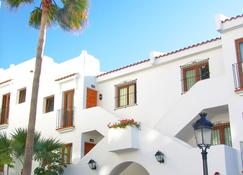 Beverly Hills - Los Cristianos - Building