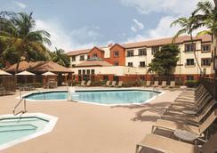 邁阿密機場 Hyatt House 酒店 - 邁阿密 - 邁阿密 - 游泳池