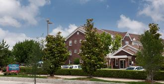 TownePlace Suites by Marriott Dallas Arlington North - Arlington - Bygning