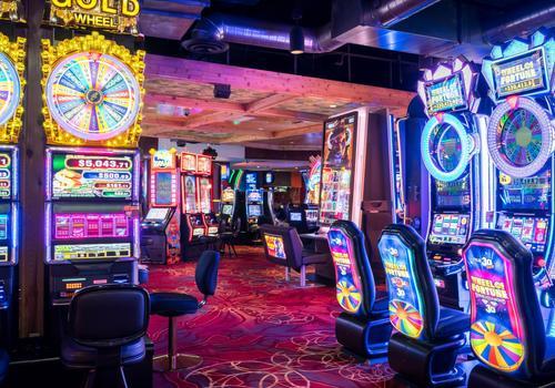 Oyo Hotel And Casino Las Vegas Aed 83 A E D 4 5 6 Las Vegas Hotel Deals Reviews Kayak