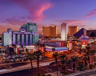 OYO Hotel And Casino Las Vegas - Las Vegas - Building