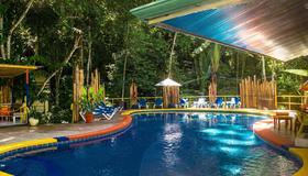 Byblos Resort & Casino - Manuel Antonio - Piscina