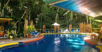 Byblos Resort & Casino - מנואל אנטוניו - בריכה
