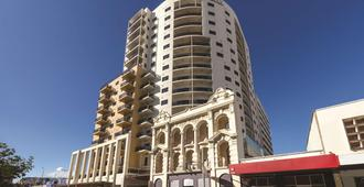 Adina Apartment Hotel Perth - Barrack Plaza - Perth - Building